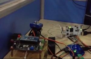 pcDuino上控制视频监控机器人