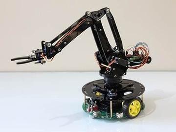 可手机控制的机械手臂亮相 超精准可编程