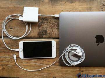 这两张照片完美诠释了MacBook Pro设计上的最大缺陷