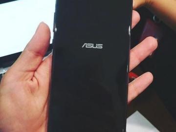 华硕ZenFone 4 Pro要来了:骁龙835+2倍变焦双摄+5.7寸屏幕!