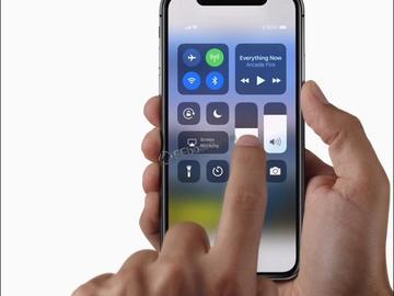 京东方将为苹果提供可折叠的OLED屏幕 或用于下一代iPhone