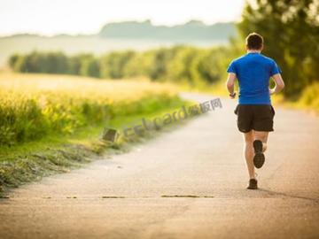 一种非动力可穿戴设备可以让你成为更好的跑步者