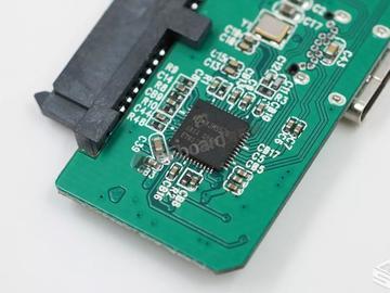 朗科的Z6 480GB移动固态硬盘拆解:神奇的内部构造!