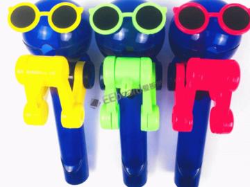 [视频]创意产品:这些可爱的棒棒糖支架看起来像机器人