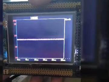 高三学生刚学会控制显示屏就做了一个示波器