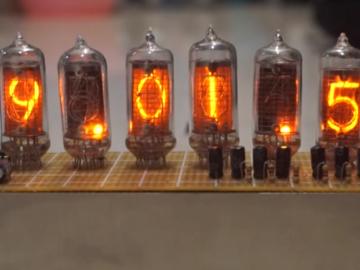 """[项目教程]用STM32+辉光管打造一个""""世界线变动率探测仪""""(附源代码、原理图)"""