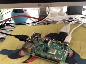 树莓派4B性能飞升:真64位Debian系统加持