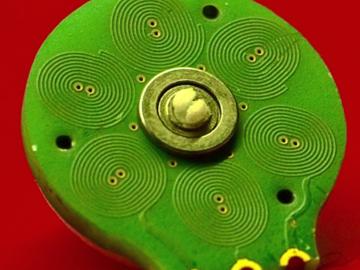 颠覆你的世界观:创客制造了一个开源PCB电机