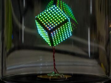 重构RGB LED立方体:硬件工程师DIY的世界最美最闪亮的礼物