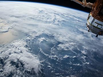 人工智能實現衛星避障,這已經不是地球上的科技了