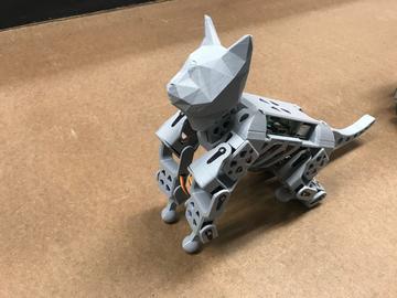 SmallKat:一种可爱的动力学导向的机器人猫,面向动力学的用于研究和教育的四足动物