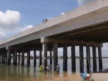 太阳能供电的物联网传感器为国家的桥梁设施保驾护航