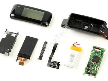 乐心手环5拆解:基于nRF52840的蓝牙单芯片可穿戴设备电路方案真就如此简单?
