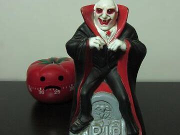 将一个吸血鬼玩具diy成一个便捷的计时器