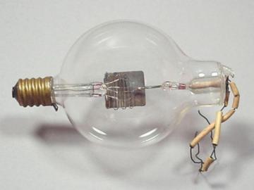 100年前世界第一支二极管和三极管:个头像灯泡,简单却充满发明的智慧